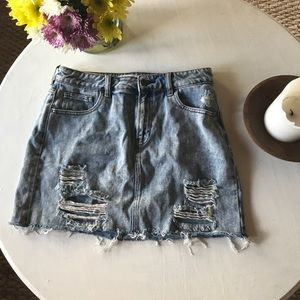 Distressed mini skirt!